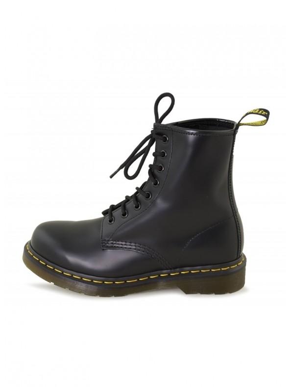 c75f16a360 Anfibio Dr Martens Black Smooth - Domori: scarpe, moda e accessori